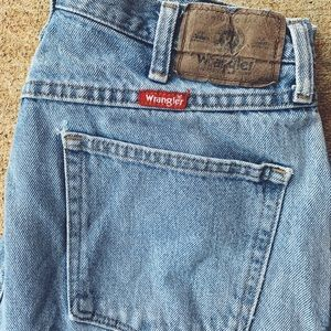 Light wash Wranglers - jeans